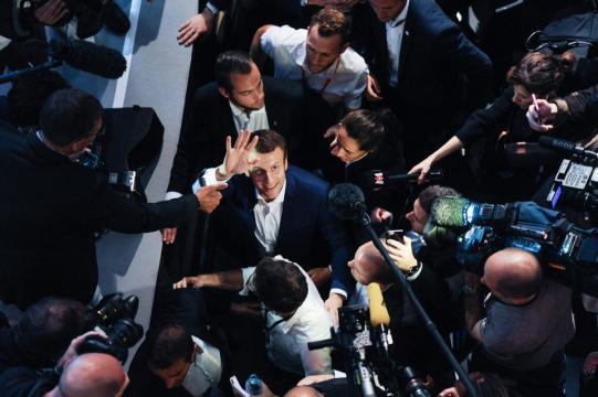 Macron ? Du «populisme» pour Valls - Libération - liberation.fr