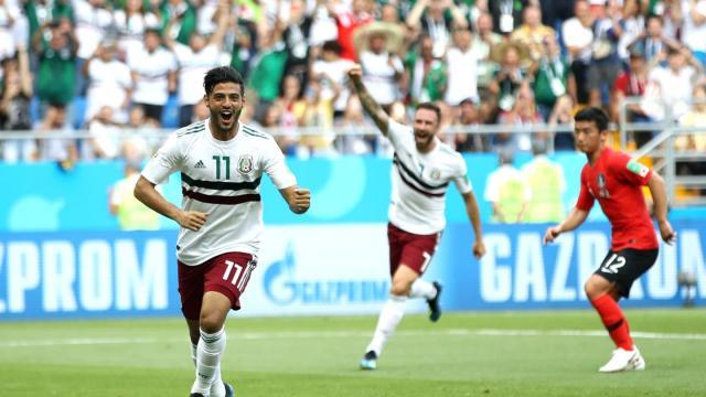 Carlos Vela volvió a ser el mejor jugador de México. FIFA.com.