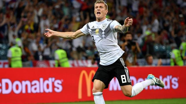 Alemania con golazo de Kroos al minuto 95 contra Suecia pone al rojo vivo el Grupo F