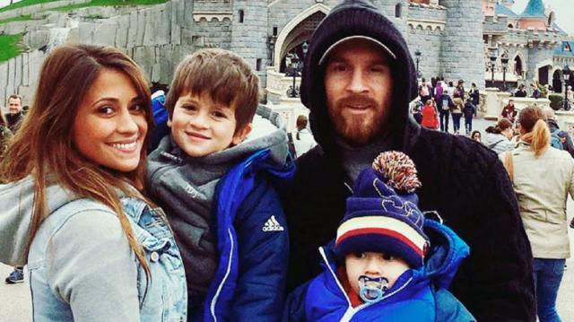 Messi y su familia viajaron a Finlandia a conocer a ¡Papá Noel ... - minutouno.com