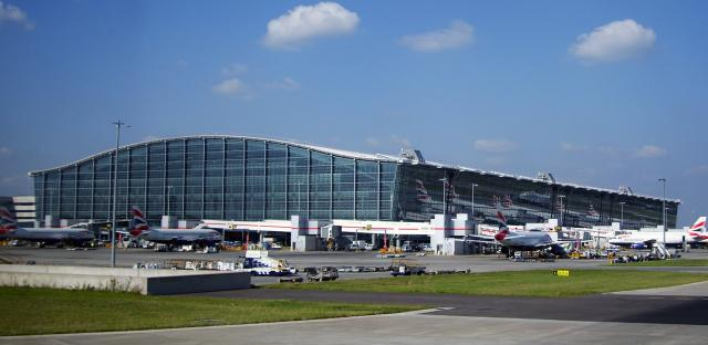 Heathrow Expansion approved by House of Commons - Image Credit - Wikimedia Commons