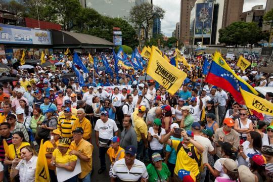 Según la Superintendencia de Migraciones, más de 350.000 personas han llegado a Perú intentado escapar del drama de Venezuela