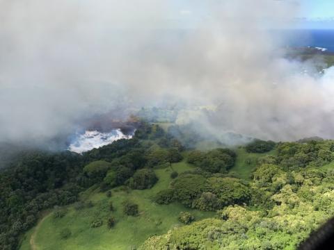 La lava hace desaparecer el Lago Verde de Hawái