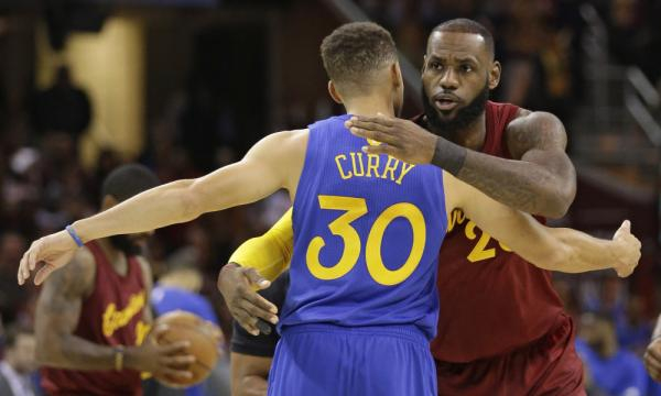 Steph Curry 'likes' LeBron and the Cavaliers' struggles … on ... - usatoday.com