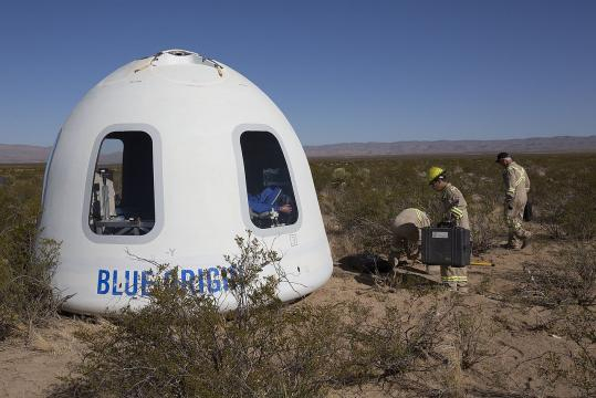 Blue Origin - New Shepard Crew Capsule (Image courtesy - NASA Flight Opportunities, Wikimedia Commons)