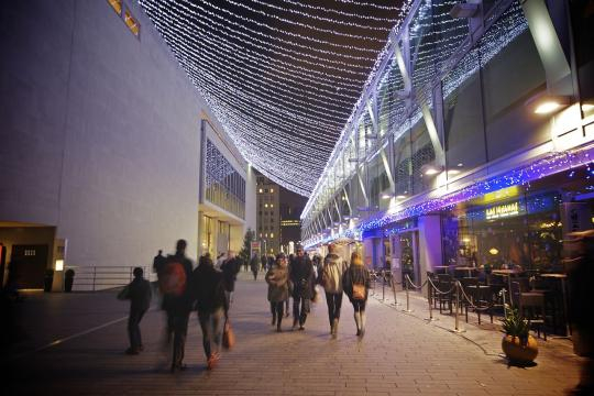 Southbank Centre, London (Image courtesy – Aurelien Guichard, Wikimedia Commons)
