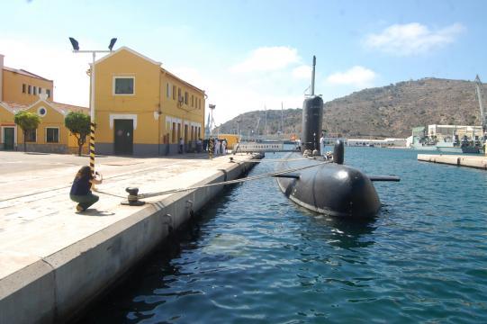 El Tramontana en puerto listo para navegar