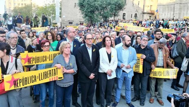 La Fiscalía del Supremo ha confirmado que la medida cautelar de prision sin fianza se mantiene a los dirigentes independentistas
