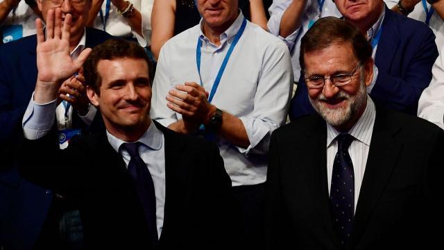 El recién electo líder del PP ha dicho a Mariano Rajoy que lo necesitan muy cerca
