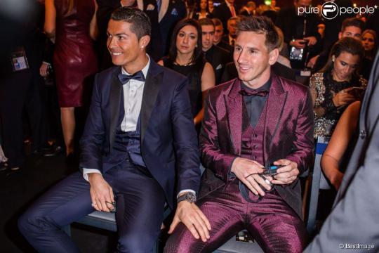 Cristiano Ronaldo et Lionel Messi : Main sur la cuisse et regard ... - purepeople.com