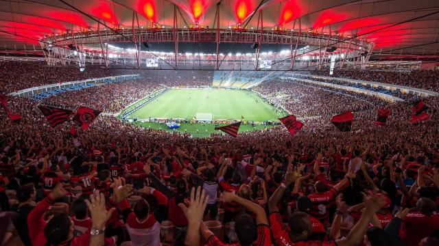 Show de bola do Flamengo na Arena