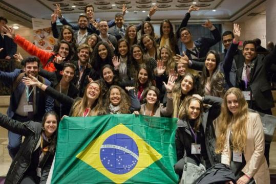 Programa de Bolsas Jovens na ONU leva brasileiros para evento em NY - org.br