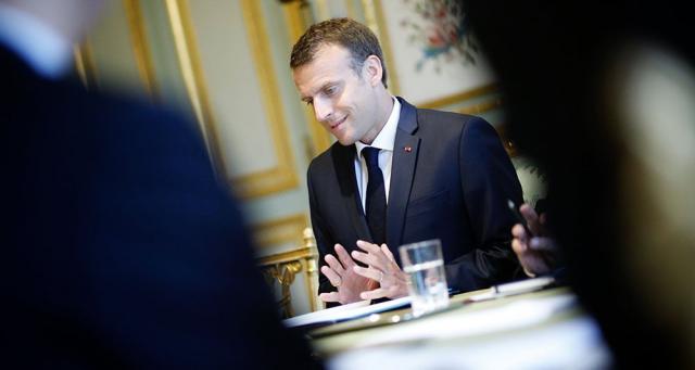 Des députés En marche veulent revenir au « contrat social » de Macron - lesechos.fr