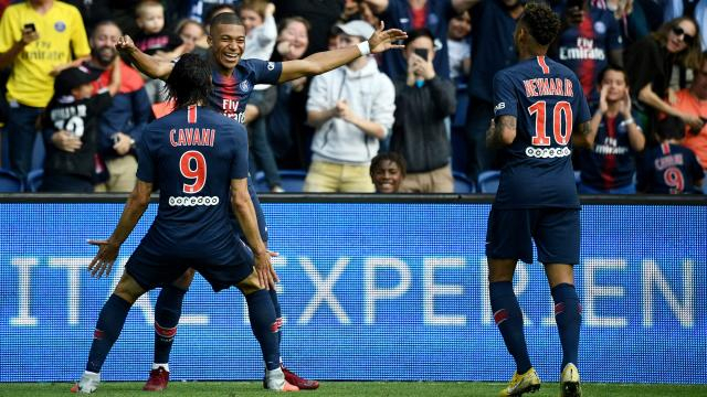 Paris Saint-Germain 3 Angers 1: Cavani, Mbappe et Neymar buteurs