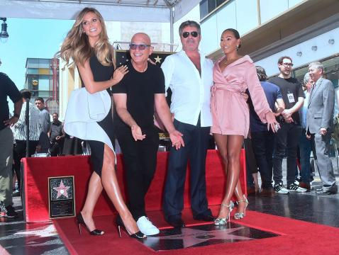 Simon Cowell receives star on Hollywood Walk of Fame at glitzy ceremony ... - (Image via standard.co.uk/Twitter)