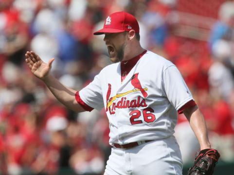 Bud Norris ha tenido otro aire más en su carrera como closer de los Cardinals. MLB.com.