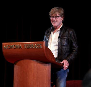 Robert Redford on stage in 2009. [Image courtesy – Jim, Wikimedia Commons]