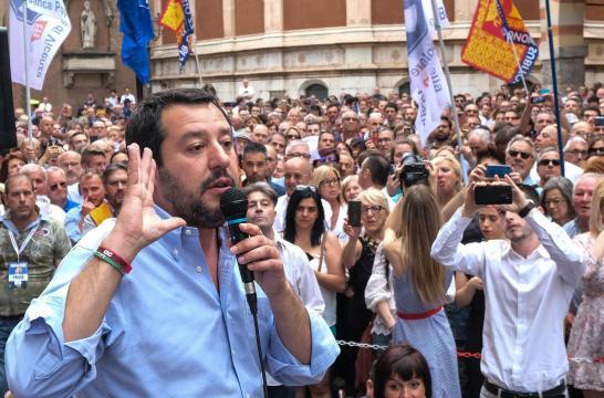 Salvini sul caso Fontana e famiglie gay:
