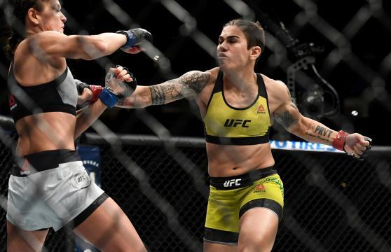 Andrade pudo dar uno de los KO más brutales en la historia de las féminas en la UFC. UFC.com.