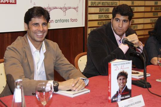 Julián Contreras Jr o la breve historia del peso de los recuerdos ... - zeleb.es