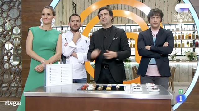 Los jueces de MasterChef junto al Maestro Chocolatero David Pallás.