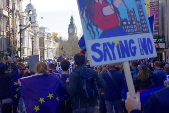Brexit : inquiétude et incertitude chez les pro Europe - memoirepleine.com