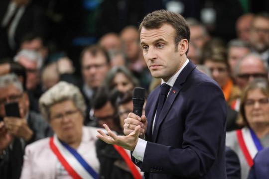 Grand débat national : Emmanuel Macron échange pendant plus de 6h ... - rtl.fr