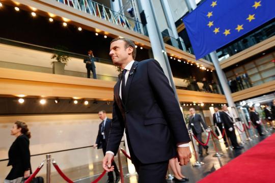 Emmanuel Macron passe son premier grand oral devant le Parlement ... - lefigaro.fr