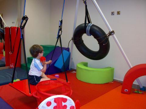 La integración sensorial forma parte de la rehabilitación infantil