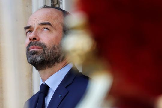 Philippe appelle les députés LREM à rester