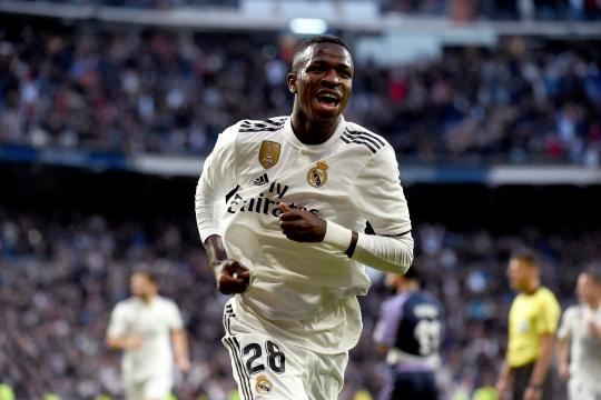 Vinicius levanta ampollas en el vestuario del Real Madrid - culemania.com