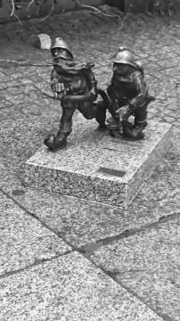 Two of the 400+ Wroclaw dwarves - Picture by David Adair