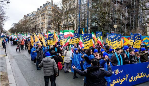 Manifestation du 8 février 2019 de l'opposition iranienne à Paris