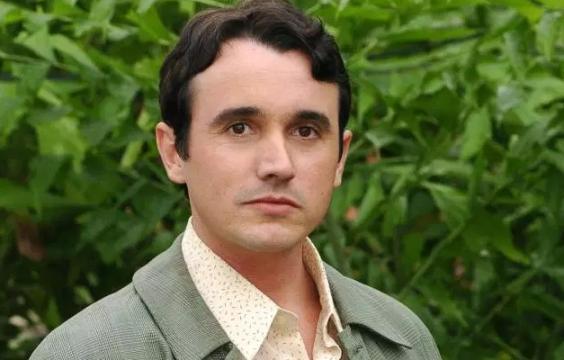 Morre, aos 42 anos, o ator Caio Junqueira.