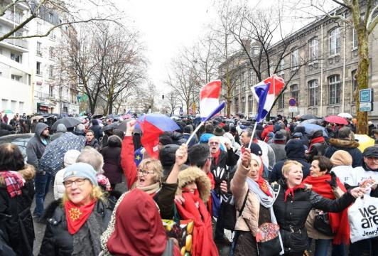 France - Monde   Après les