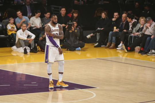 El terrorífico dato de los equipos de LeBron James... cuando él no ... - kiaenzona.com