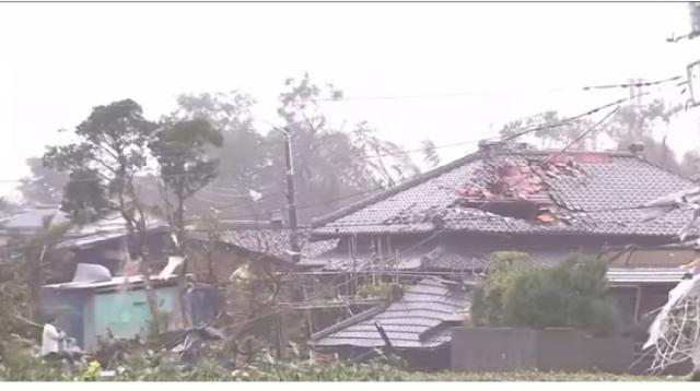 Torrential rain causes flooding as Typhoon Hagibis hits Japan. [Image source/Guardian News YouTube video]