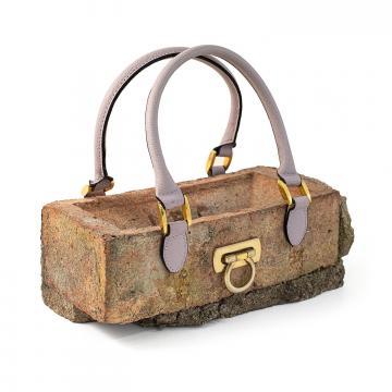 Banksy™ Clutch bag, la borsetta
