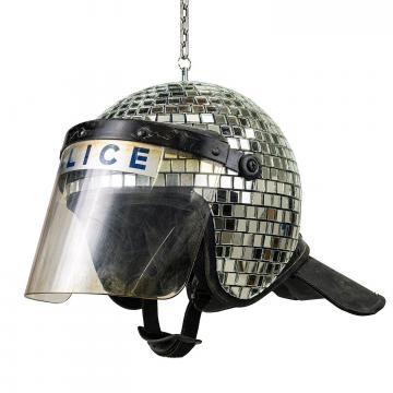 Banksy™ Met ball, casco della polizia