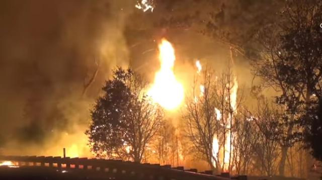 Kincade fire in Sonoma County grows to 10,000 acres. [Image source/Los Angeles Times YouTube video]