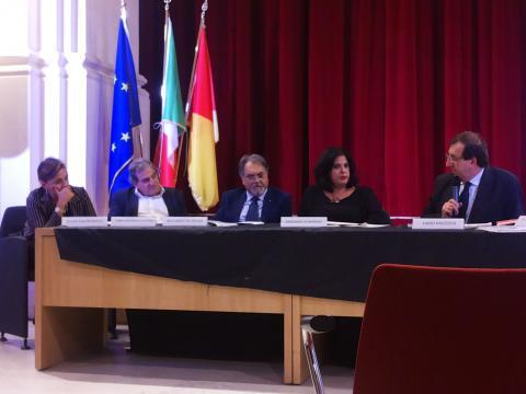 I relatori dell'incontro a cura di Altroconsumo