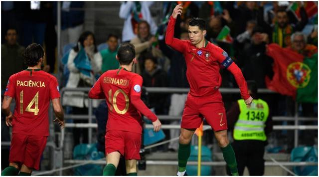 Cristiano celebra uno de sus goles (Foto: Getty Images))