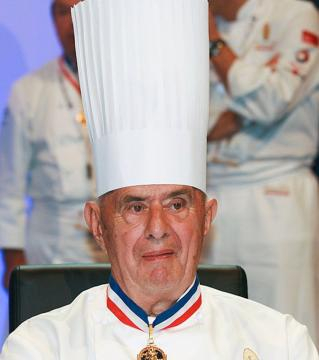 Paul Bocuse, chef iconique de France décédé en 2018. Credit: Wikipedia Commons