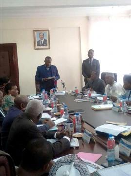 Le président du Conseil électoral Enow Egbe Abrams (c) Odile Pahai