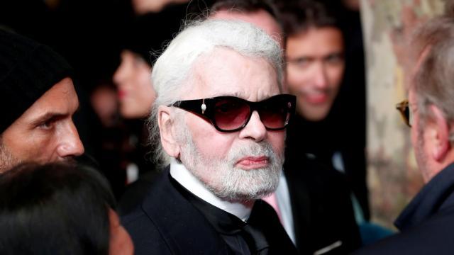 Karl Lagerfeld es el hombre que cambió la moda