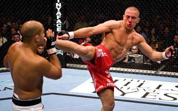 El arsenal de herramientas de GSP, siempre fue algo de temer en la UFC y las MMA.www.espn.com