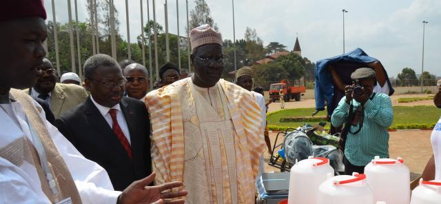 Le Ministre le la Jeunesse du Cameroun Mr Mounouna Foutsou - gov.cm