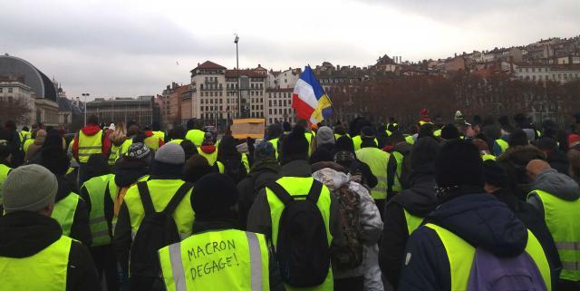 Journal de bord autour du mouvement des Gilets jaunes | Le blog de ... - tempscritiques.net