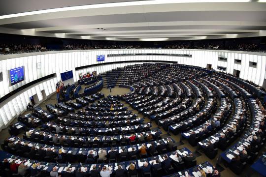Sondage européennes : les Marcheurs au top, les gilets jaunes font ... - parismatch.com