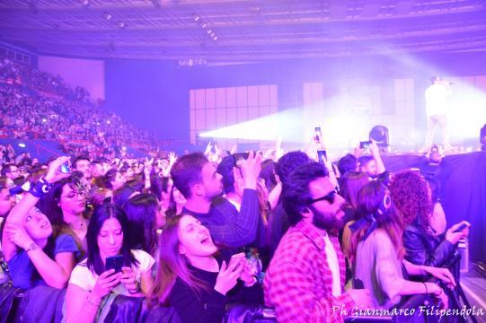 I fan in visibilio per Tommaso Paradiso